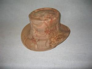 Høj Hat i elmeknude